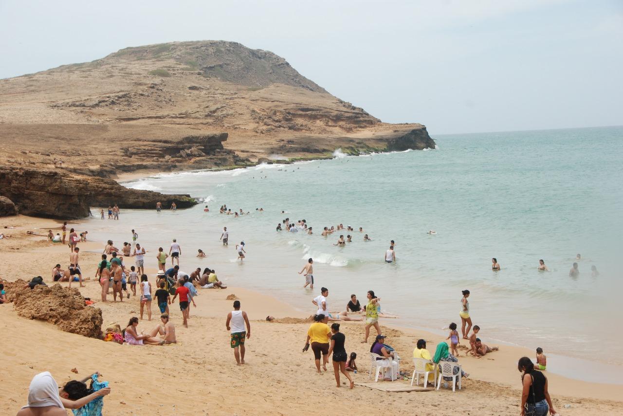 Robaron a santandereanos que estaban de paseo en La Guajira | EL FRENTE