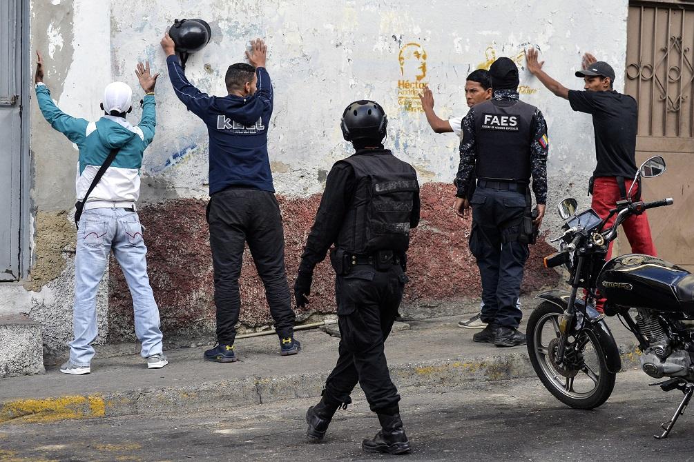 Baño de sangre en Venezuela: 23 muertos tras operativo policial | EL FRENTE