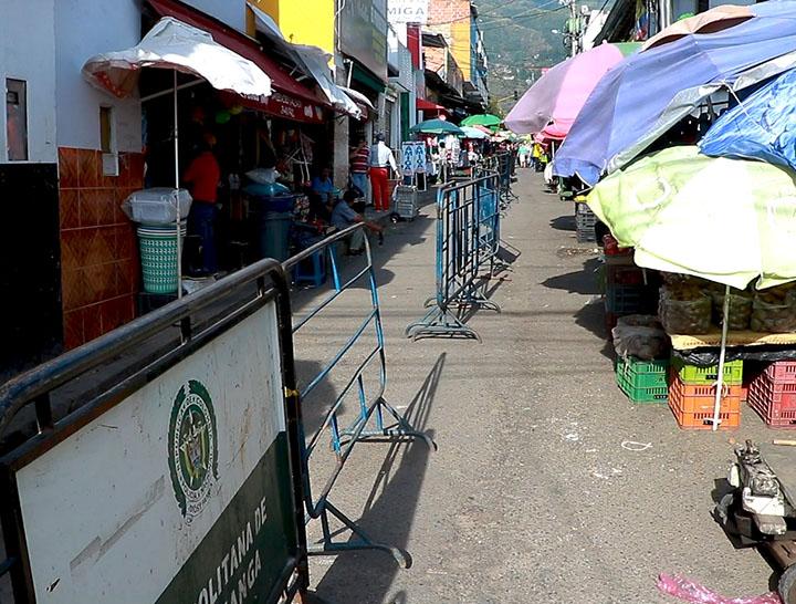 Recuperan espacio público en la plaza de mercado de Piedecuesta | EL FRENTE