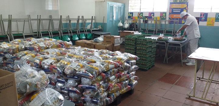 Inició la entrega de paquete alimentario PAE en Barrancabermeja para preparar en casa | EL FRENTE