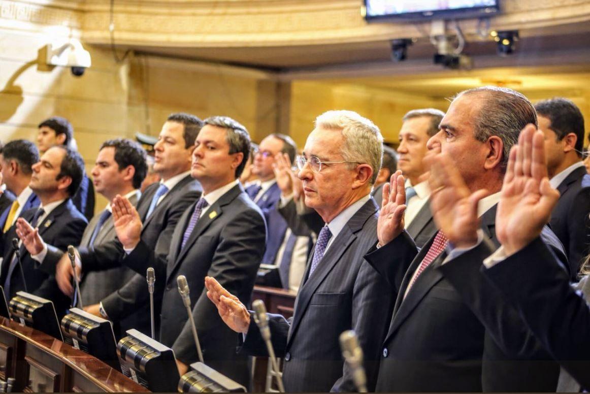 Centro Democrático defiende a capa y espada la reforma  | EL FRENTE