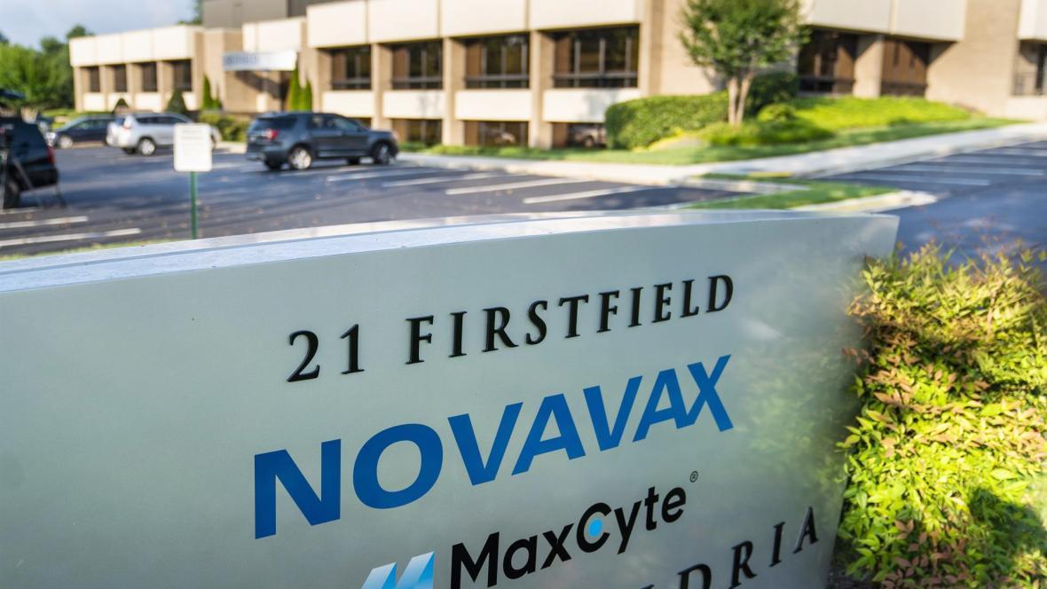Datos positivos de una vacuna combinada para covid-19 y gripe anunció la firma Novavax    EL FRENTE