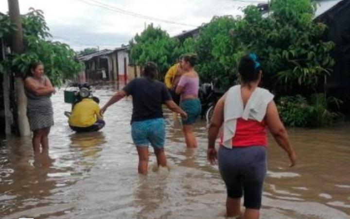 Casas afectadas y pérdida de animales por fuertes lluvias en Puerto Wilches   EL FRENTE