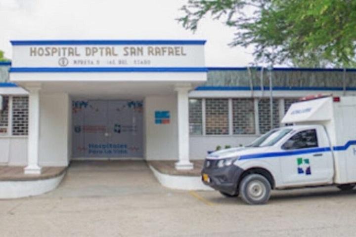 A falso médico intensivista se le murieron ocho paciente durante abril en unidades UCI   EL FRENTE