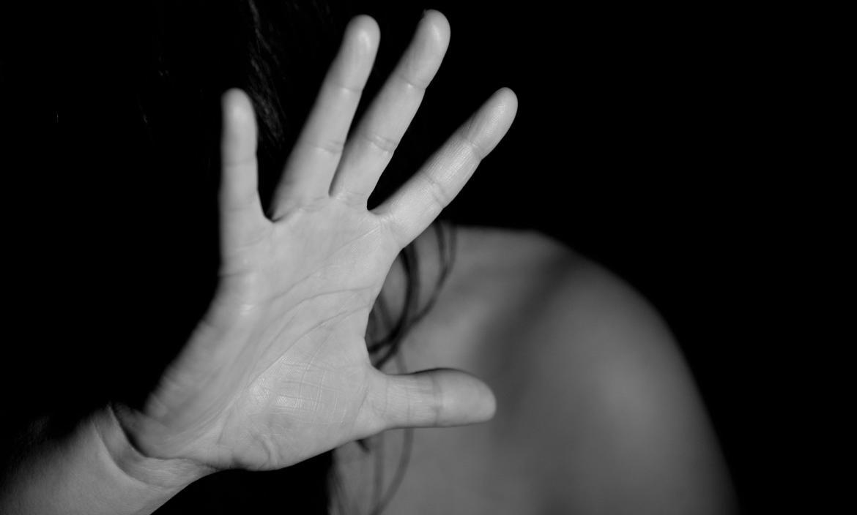 Adolescentes violaron a una mujer con discapacidad y grabaron los vejámenes | EL FRENTE