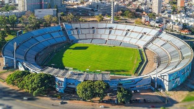 Final de la Libertadores en el Centenario de Montevideo   EL FRENTE
