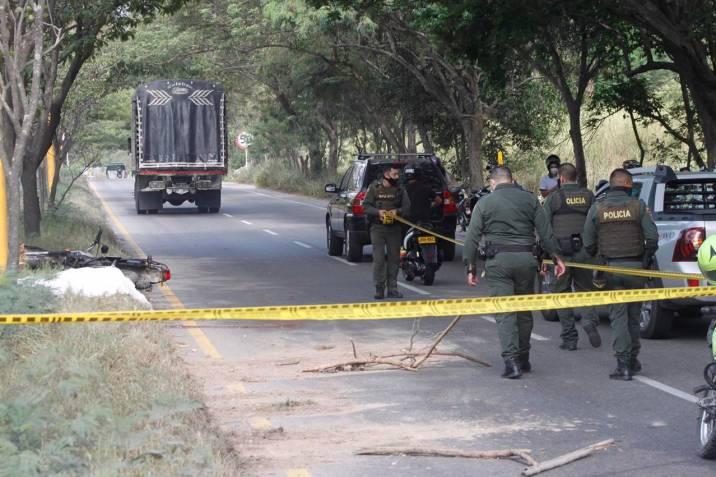 Motociclista perdió la vida cuando una tractomula lo aplastó con sus llantas | Nacionales | Colombia | EL FRENTE