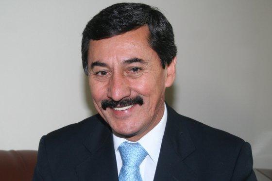 Bernabé Celis Carrillo a dos pasos de regresar al Senado   EL FRENTE