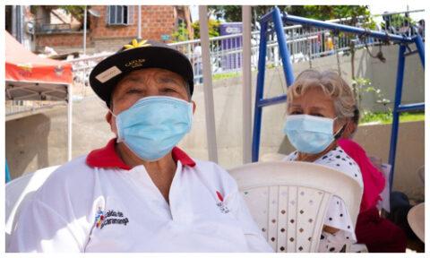 Nonos de Bucaramanga se tomaron el tarjetón    EL FRENTE