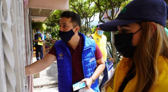 Se capacitó a la comunidad del barrio Estoraques sobre el reciclaje | Metro | EL FRENTE