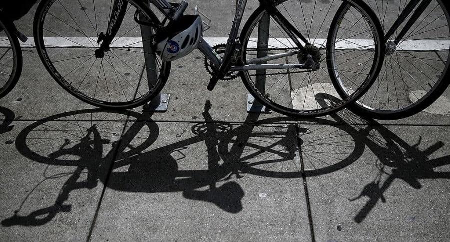 Secuestraron y hurtaron a seis ciclistas en zona rural de Usaquén | Justicia | EL FRENTE