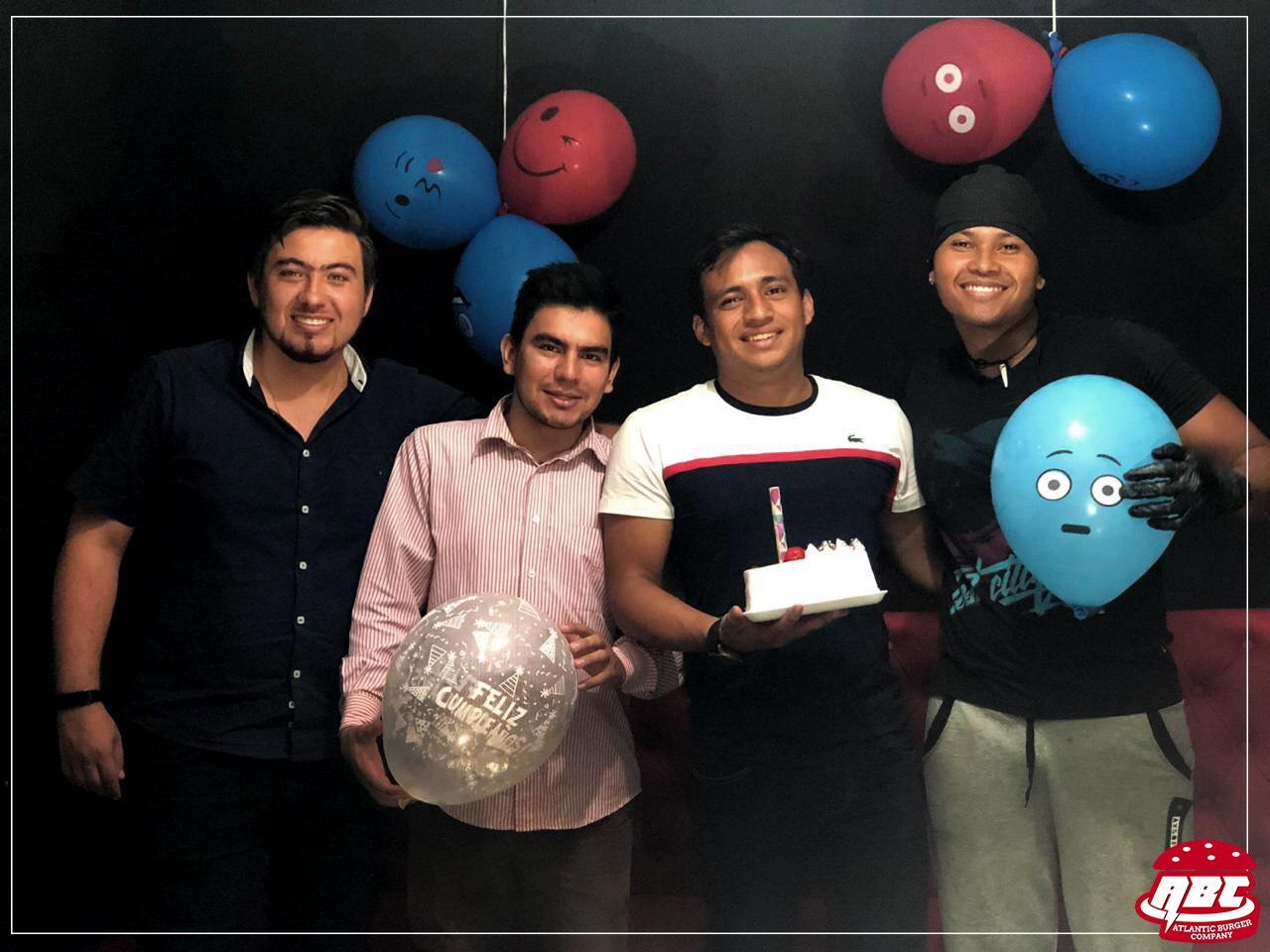 Inauguración sede Atlantic Burger Company  en Bucaramanga | EL FRENTE