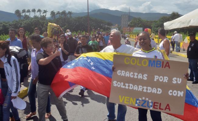 Nuevo centro de atención para venezolanos en La Guajira   EL FRENTE