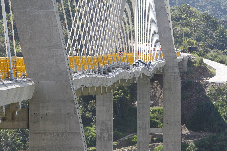 El puente Hisgaura es un