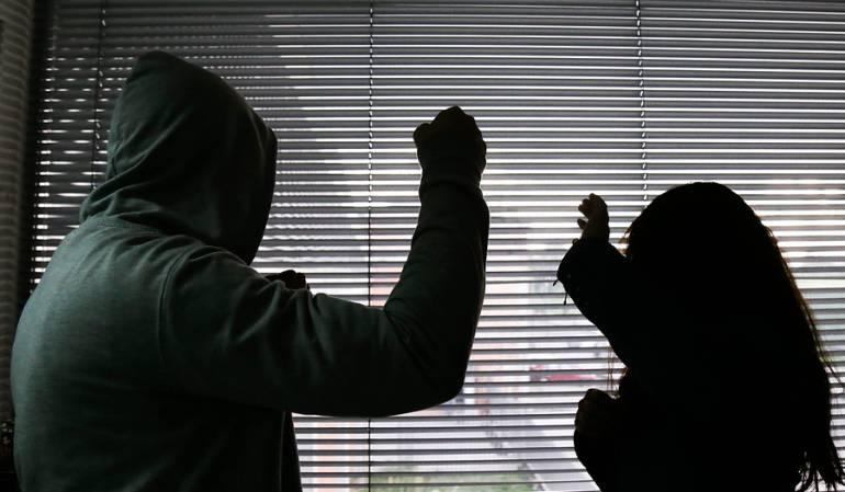 Hombre en San Gil que agredía a su familia fue encarcelado | EL FRENTE