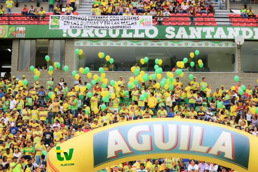 Gobernación de Santander busca comprometerse con las barras de fútbol | EL FRENTE