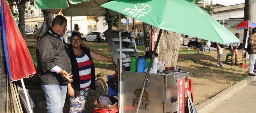 300 vendedores informales  serán ubicados en el Centro  | EL FRENTE