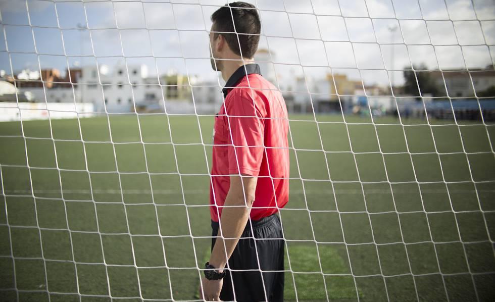 35 árbitros rechazan acusaciones de Harold Perilla | EL FRENTE