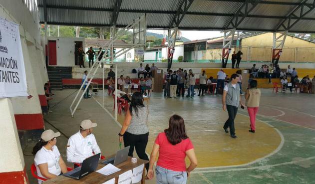 Puesto de votación de colegio La Fortuna. La nueva sede no será utilizada en elecciones | EL FRENTE
