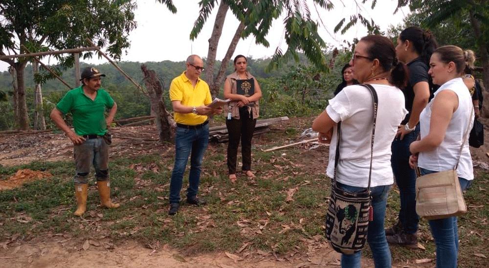 Restituyen tierras a familia en Sabana de Torres | EL FRENTE