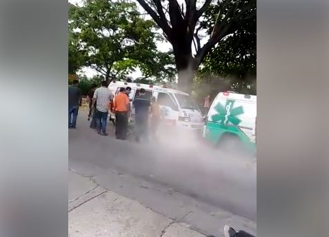 Falla mecánica ocasionó grave accidente entre dos ambulancias | EL FRENTE