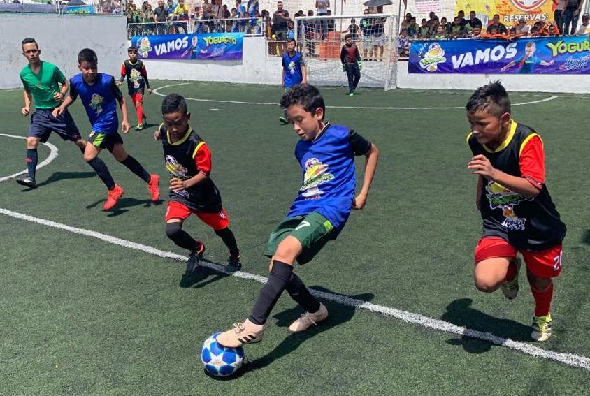 240 jugadores brindaron sensacional lucha por clasificar   Local   Deportes   EL FRENTE
