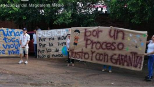 Familiares de niña abusada por un maestro claman justicia | EL FRENTE