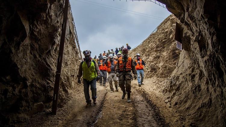 Derrumbe en mina de Chile: Un muerto, un desaparecido y un rescatado | EL FRENTE