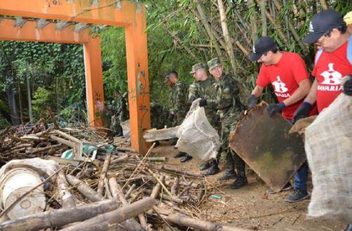 31 toneladas de basura fueron sacadas de la quebrada El Macho de Floridablanca   Floridablanca   Metro   EL FRENTE