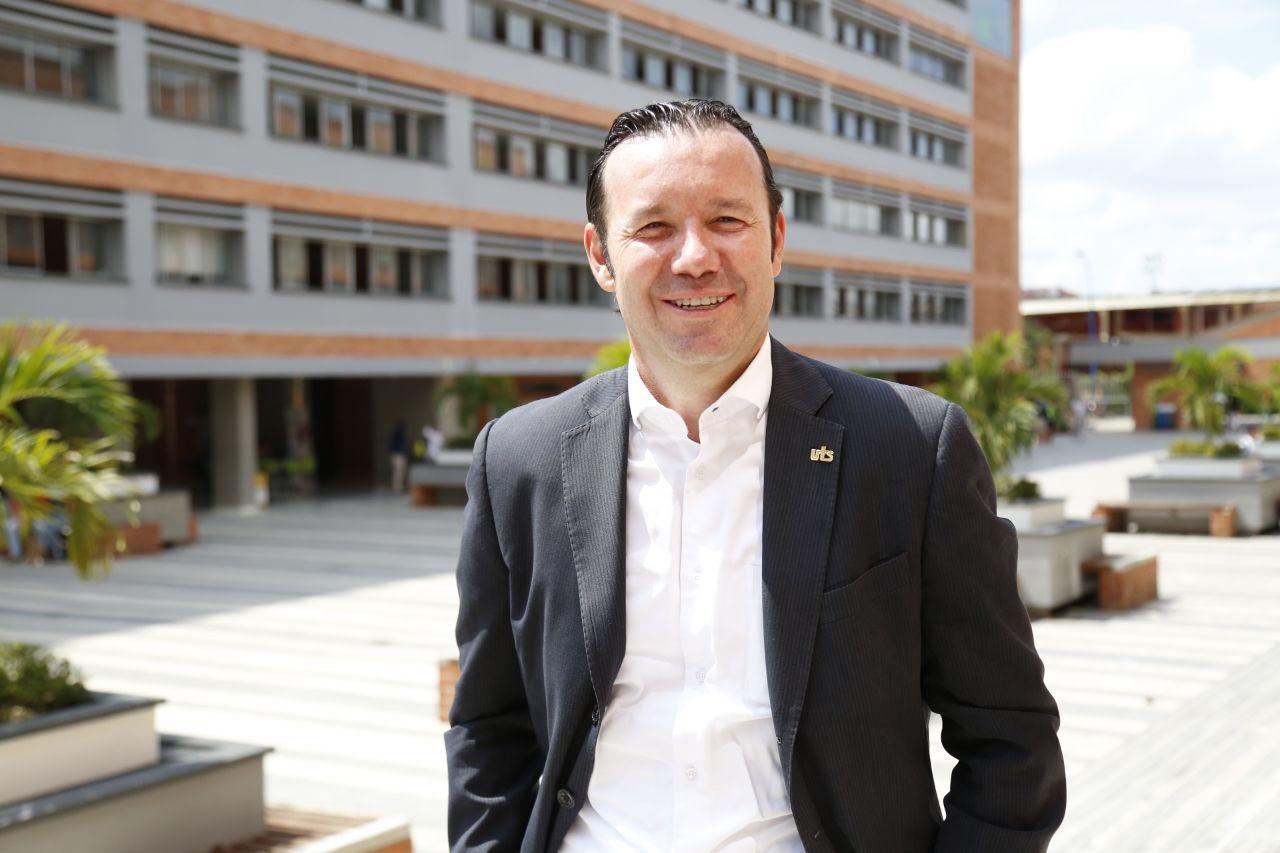El rector y la modernidad en las UTS  Por: Mg. Jaime Zafra Bueno | EL FRENTE