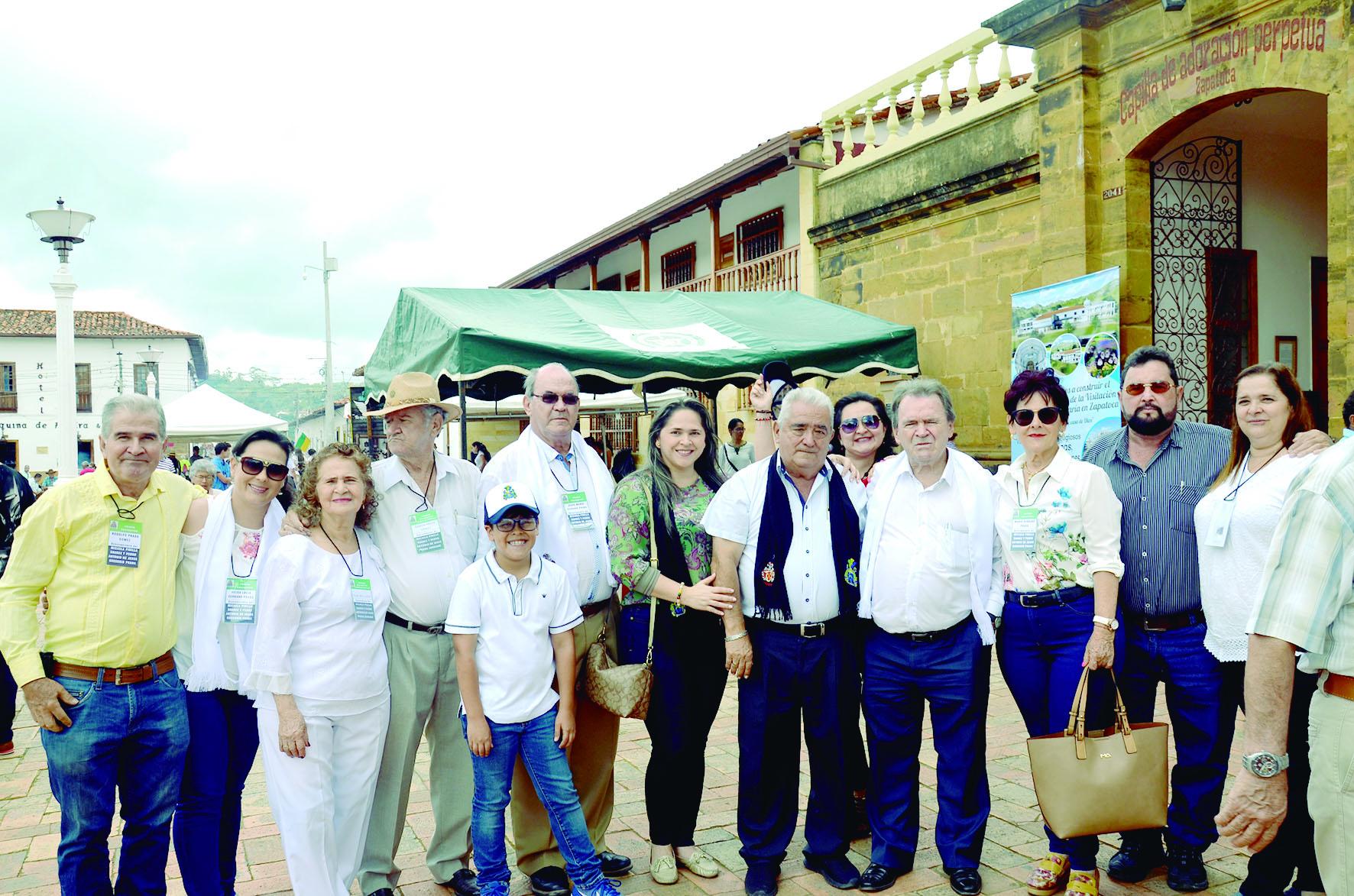 Espectacular encuentro de las familias PINILLA | EL FRENTE