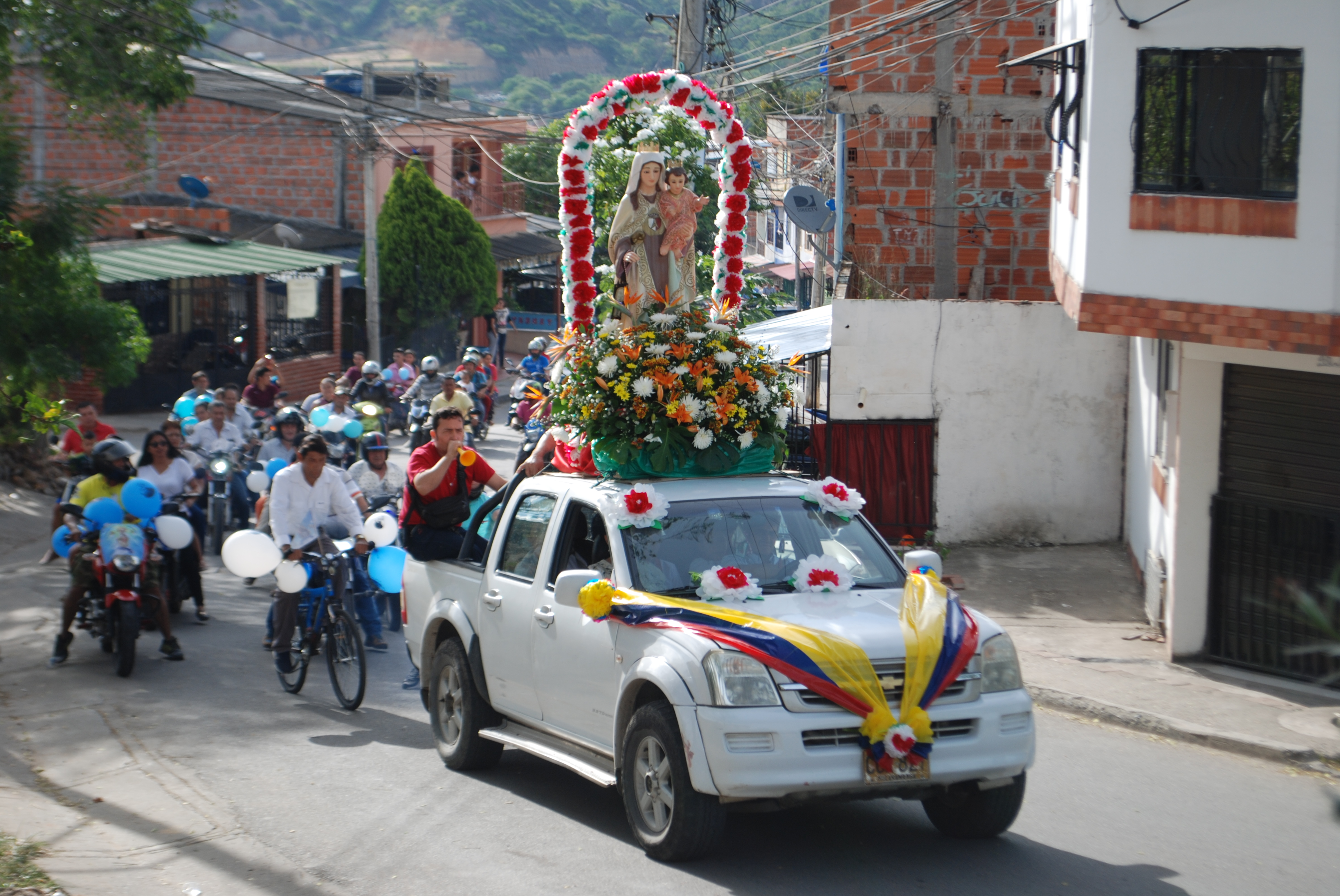 Virgen del Carmen: La Patrona. Celebración del Día del Transportador en Santander | Región | Santander | EL FRENTE