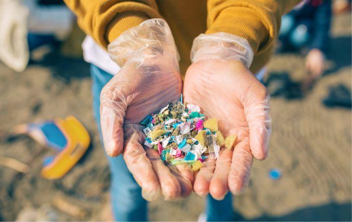 Se duplican las cantidades de partículas de plástico. La humanidad vive una etapa terrorífica   Especiales   Variedades   EL FRENTE