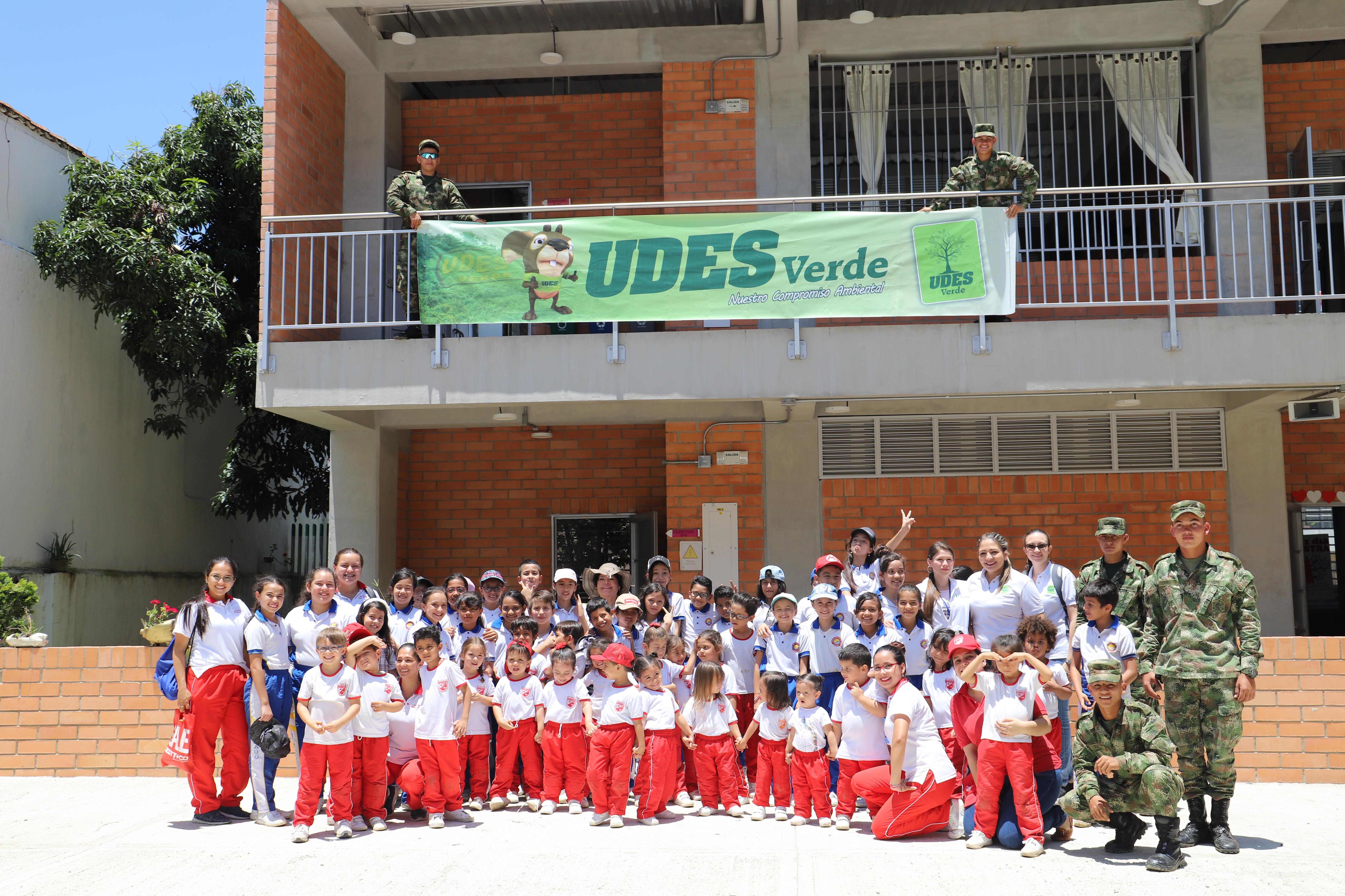 Jornada de siembratón en la UDES Verde. Estrategia para conservar y preservar el medio ambiente | Educación | Variedades | EL FRENTE