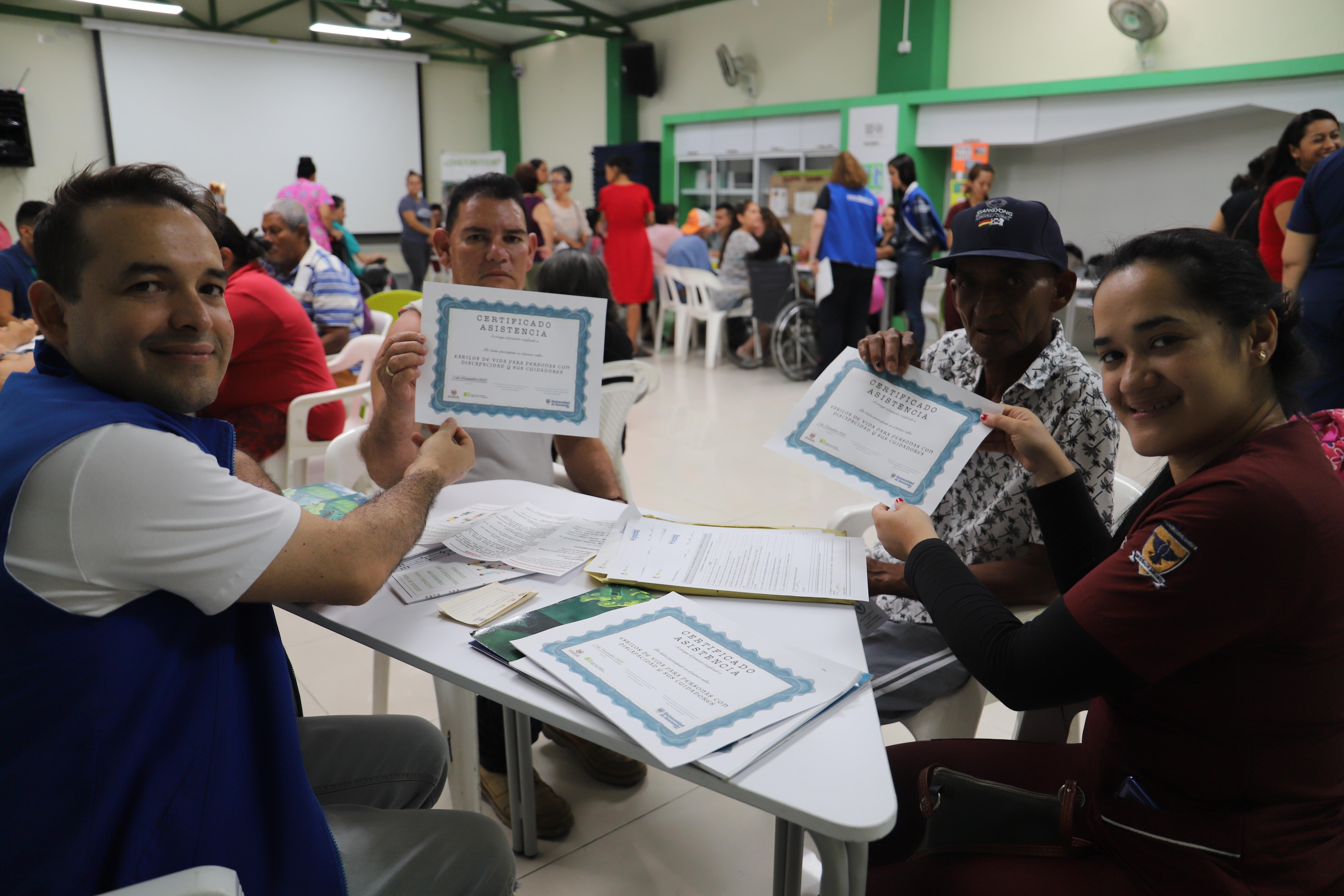 UDES promueve conocimientos saludables. Núcleos para el cuidado de personas con discapacidad | Variedades | EL FRENTE