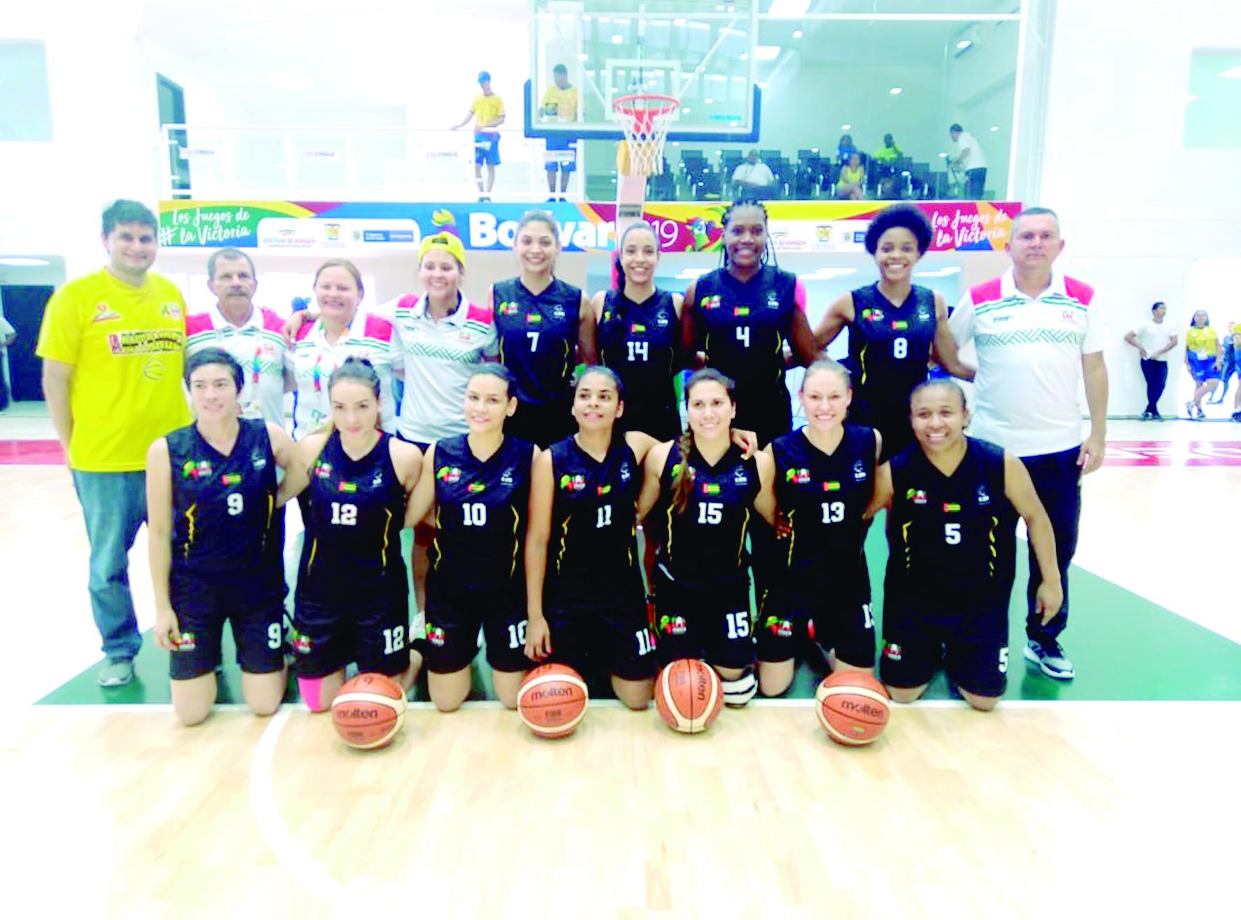 Baloncesto y Fútbol femenino comenzaron ganando | Local | Deportes | EL FRENTE