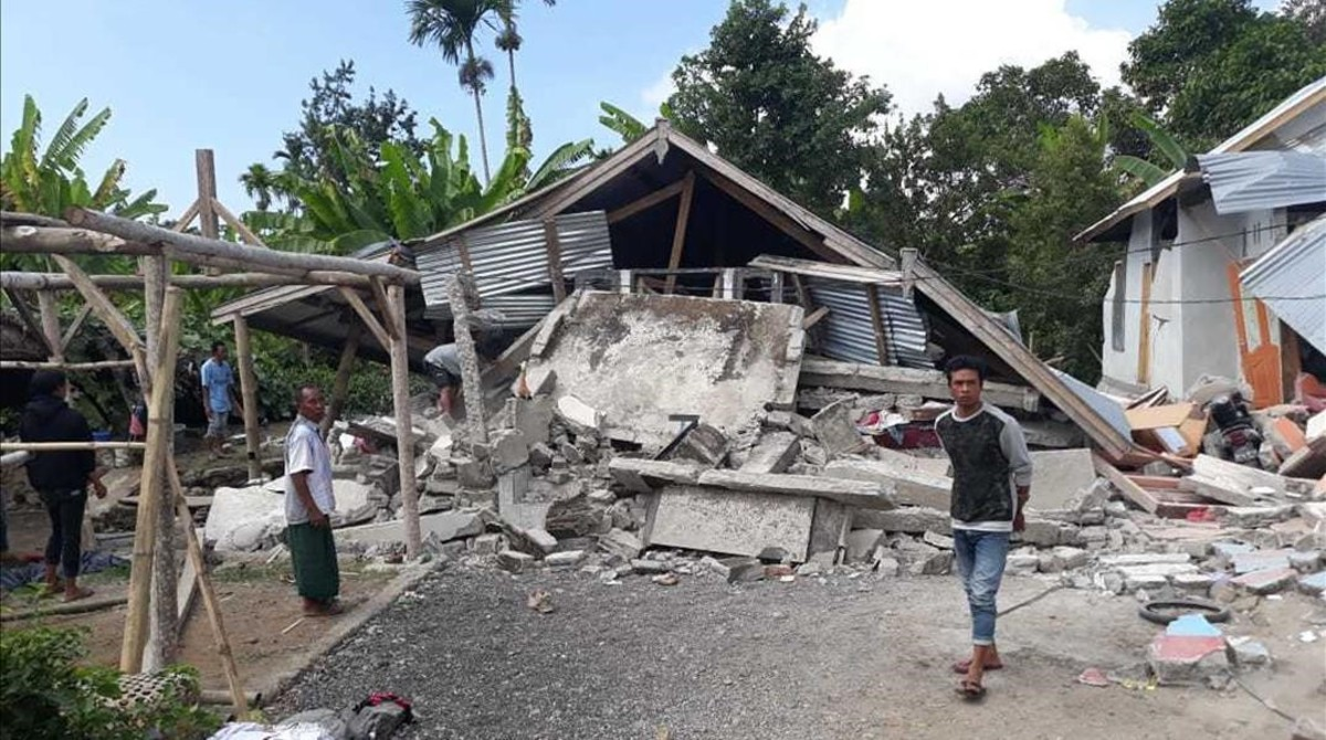 Terremoto de magnitud 6,2 sacudió Indonesia   EL FRENTE