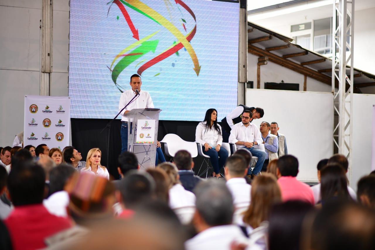 Comunidad de la Provincia de Vélez respondió de forma masiva al primer Taller Siempre Santander  | Santander | EL FRENTE